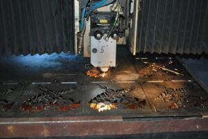 Лазеры в металлообработке: виды и принцип работы